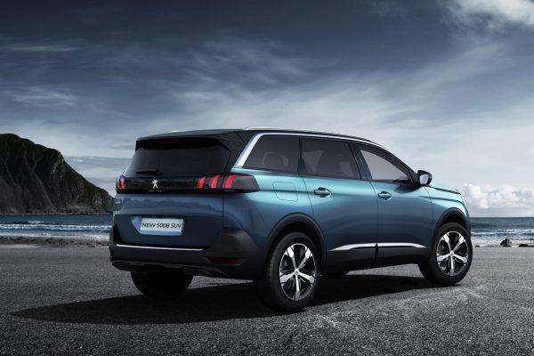peugeot-5008-suv-exterior-gallery-04.186156.17